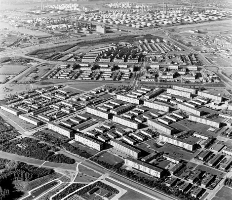 Stedenbouwkundig plan Hoogvliet / Urban Design Hoogvliet ( C.I.A. Stam-Beese, P. Gorter, H.C. Milius )