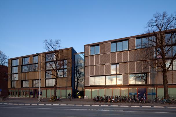 Woningbouw Delfts Blauw / Housing Delfts Blauw ( F.J. van Dongen (de Architekten Cie.) )