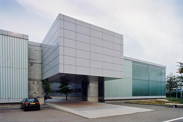 Bedrijfsgebouw Lensvelt / Industrial Building Lensvelt ( W.M.J. Arets )