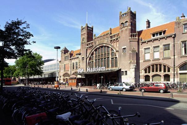 Station Haarlem / Station Haarlem ( D.A.N. Margadant )