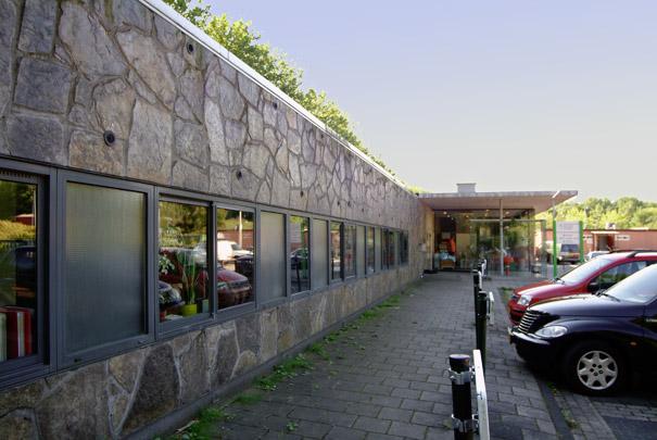 Gebouw voor Stadsdeelwerken / Urban District Works Building ( Claus en Kaan )