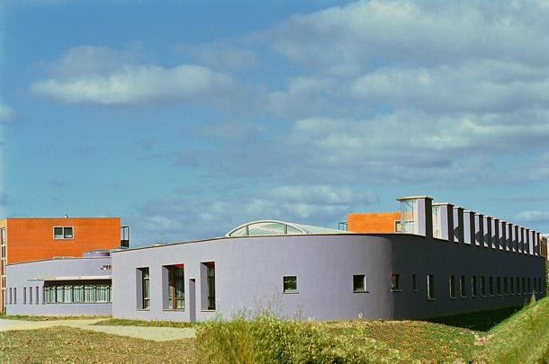 Gezondheidscentrum Almere / Health Centre Almere ( A.E. & H. van Eyck )