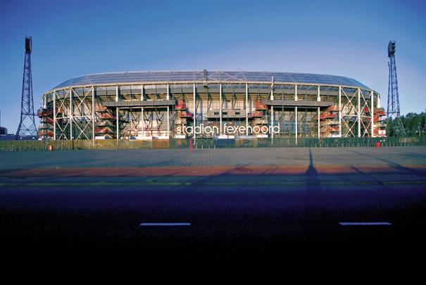 Renovatie en uitbreiding Stadion Feijenoord / Renovation and Extension Stadium Feijenoord ( Zwarts & Jansma )