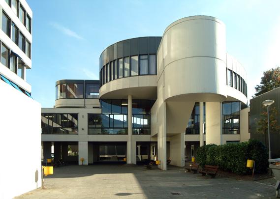 Lagere Technische School Vught / Junior Technical School Vught ( P.H. van Rhijn, F.W.J. van Dillen )