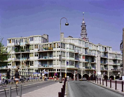 Stadsvernieuwing Nieuwmarkt / Urban Redevelopment Nieuwmarkt ( Van Eyck & Bosch )