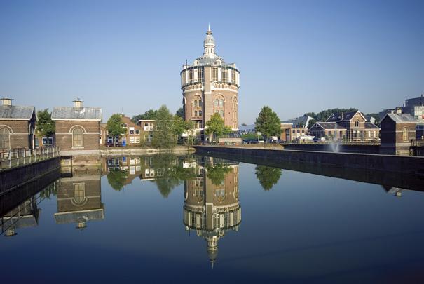 Watertoren Rotterdam / Water Tower Rotterdam ( C.B. van der Tak (Gemeentewerken) )