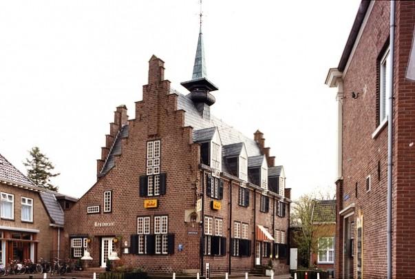 Gemeentehuis Tubbergen / City Hall Tubbergen ( H.W. Valk )