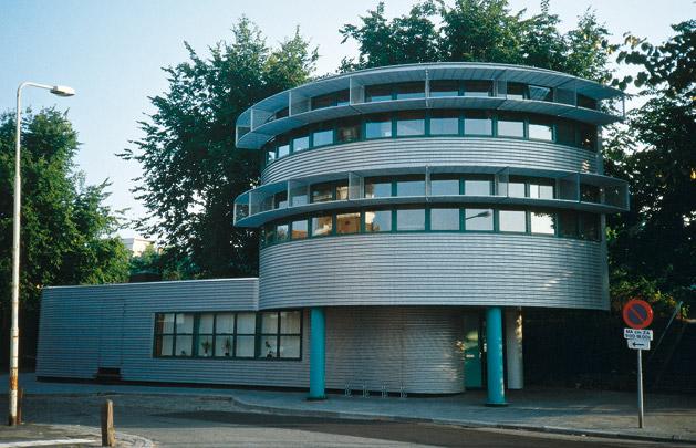 Havenkantoor Groningen  / Harbour Office Groningen  ( G. Daan )