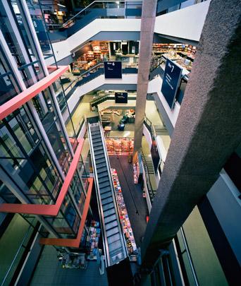 Meubelwarenhuis H.H. de Klerk / Furniture Department Store H.H. de Klerk ( Van den Broek & Bakema )