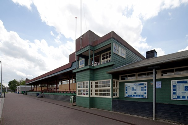 Tribune Sportpark Sneek / Tribune Sportpark Sneek ( J. de Kok  )