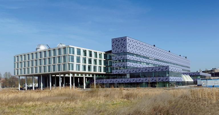 Faculteit Wiskunde en Informatica (FNWI) Science Park / FNWI Science Park ( R.H.M. Uytenhaak )