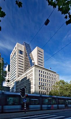 Uitbreiding Bank MeesPierson / Extension to Bank MeesPierson ( R.B. van Erk (EGM) )