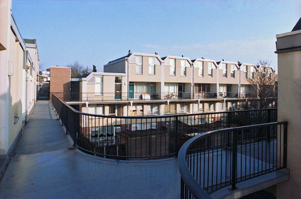 Woningbouw Bleyenhoek / Housing Bleyenhoek ( C.J.M. Weeber )