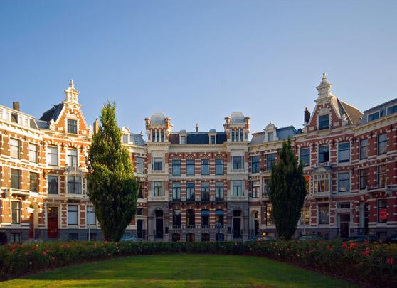 Woonhuizen Koningin Emmaplein / Private Houses Koningin Emmaplein ( J.C. van Wijk )