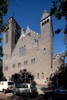RK kathedraal H.H. Laurentius & Elisabeth Rotterdam / Laurentius & Elisabeth Cathedral Rotterdam ( P.G. Buskens )