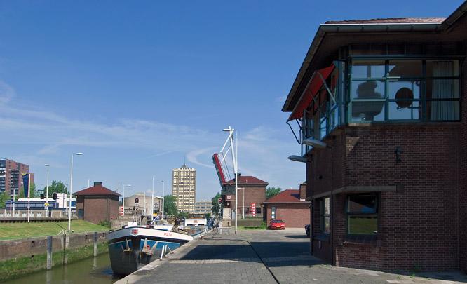 Parksluizen / Parksluizen ( B. van der Lecq (Gemeentewerken) )