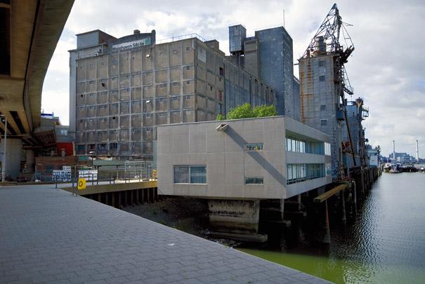 Graansilo Maashaven / Grain Silo Maashaven ( J.P. Stok Wzn. )