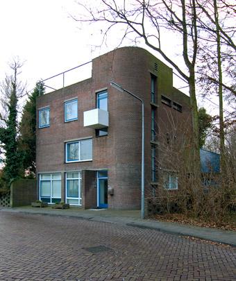 Woonhuis Wieringa / Private House Wieringa ( Van den Broek & Bakema )