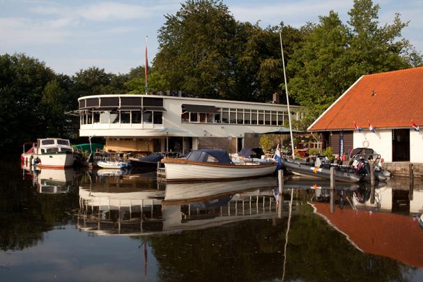 Paviljoen Wildschut / Wildschut Pavilion ( W.M. Dudok )