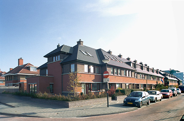 Stedenbouwkundig plan Wateringseveld / Urban Design Wateringseveld ( P. Verschuren, G. Vlot (Dienst Stedelijke Ontwikkeling) i.s.m. diverse architecten )