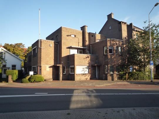Eigen woonhuis Van der Kloot Meijburg (De Burcht) / Own House Van der Kloot Meijburg (De Burcht) ( H.H. van der Kloot Meijburg )