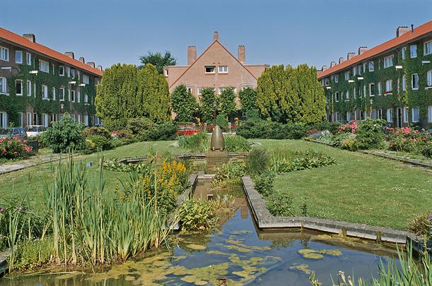 Woningbouw Harmoniehof / Housing Harmoniehof ( J.C. van Epen )