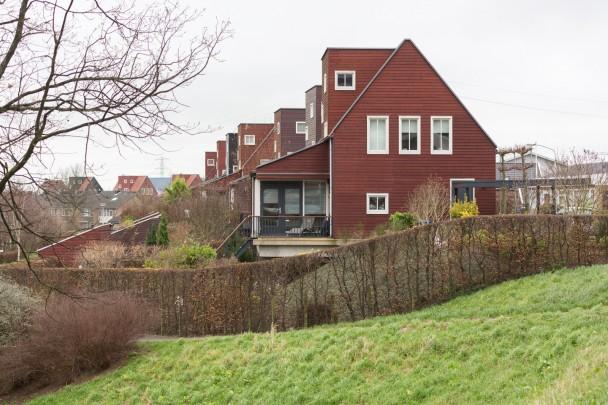 Dijkwoningen / Dike houses ( Kingma & Roorda, K. Drexhage )