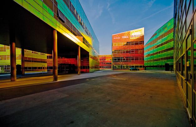 Bedrijfsverzamelgebouw La Défense / Block of Industrial Units La Défense ( UN Studio )