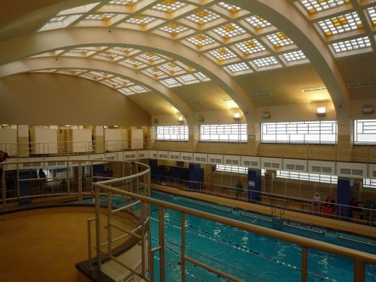Oostelijk Zwembad Rotterdam  / Oostelijk Zwembad Rotterdam  ( F. Kuipers )