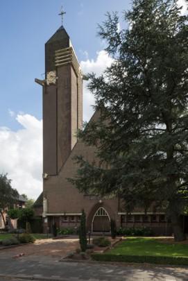 RK kerk Pastoor van Ars Lies / Roman Catholic Church Lies ( Jac.M. Hurks )