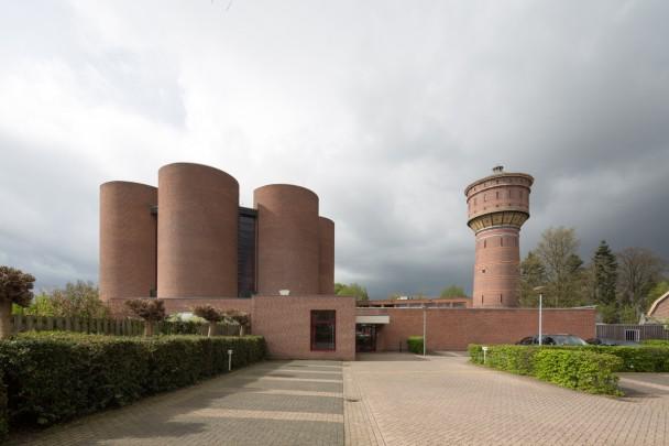Gereformeerde Rehobôthkerk Zeist / Reformed Church Zeist ( T. van Hoogevest, P. Wassink )