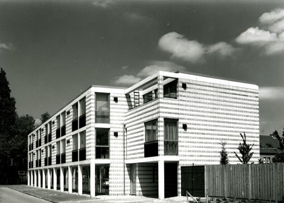 Studentenhuisvesting Boschdijk Eindhoven / Student Accomodation Boschdijk Eindhoven ( Geurst en Schulze )