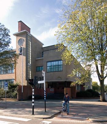 Kantoorgebouw Centrale Onderlinge / Office Building Centrale Onderlinge ( J. Wils )