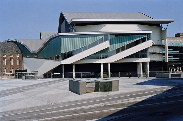 Chassé Theater / Chassé Theatre ( H. Hertzberger )