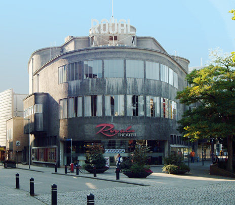 Bioscoop Royal / Cinema Royal ( F.P.J. Peutz )