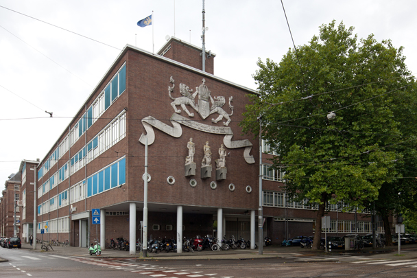 Hoofdbureau van Politie Amsterdam / Police Station Amsterdam ( C. van der Wilk, E.P. Messer (Publieke Werken) )