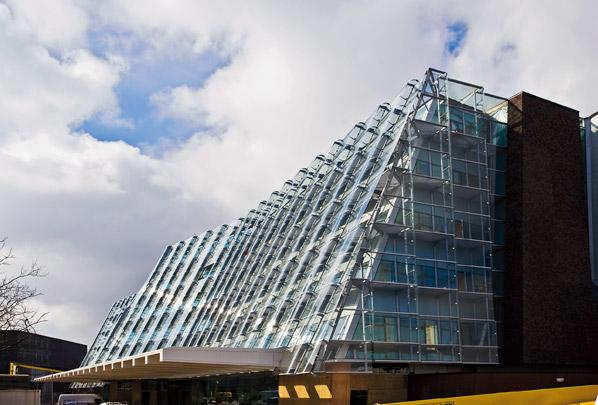 Kantoorgebouw RACM / Office Building RACM ( Navarro Baldeweg )