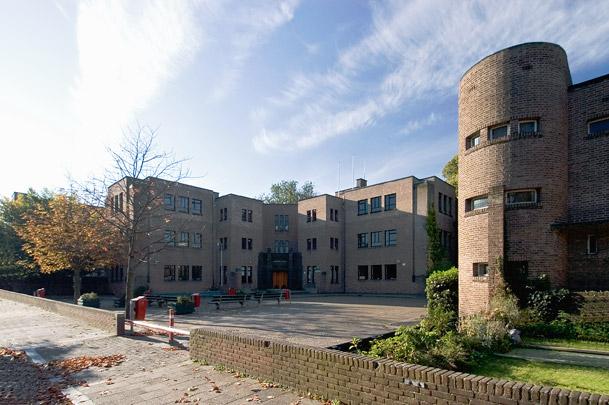 Van Maerlantlyceum / School Van Maerlantlyceum ( J. Limburg )