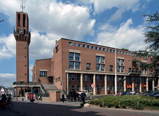 Raadhuis Hengelo / Town Hall Hengelo ( J.F. Berghoef, J.F. Hondius )