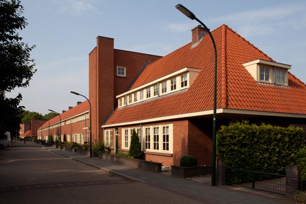 Woningbouw Dudok Revisited / Housing Dudok Revisited ( Mulleners + Mulleners, Braaksma & Roos, L.M.M. van Haaren  )